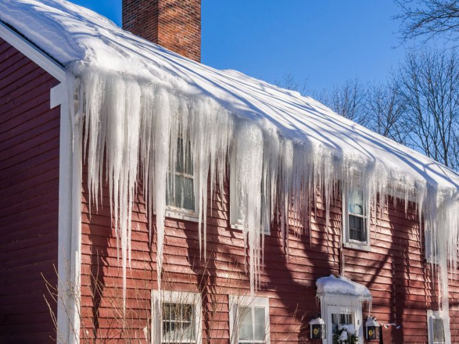 Winter Weather Damage: 4 Common Household Issues