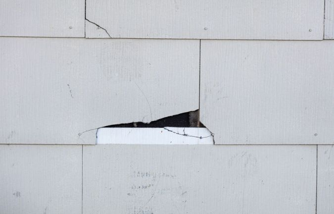 Is It Time to Replace Your Siding? 4 Telltale Signs