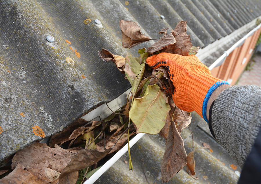 Got Grungy Gutters After Winter? 4 Signs It's Time to Upgrade